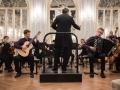 Solista Valentin Novak, kitara in Julijan Škraban, harmonika